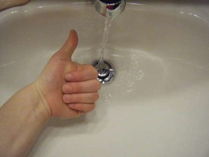 b8d70_how-to-unclog-sink-pipes_thumb-300x225